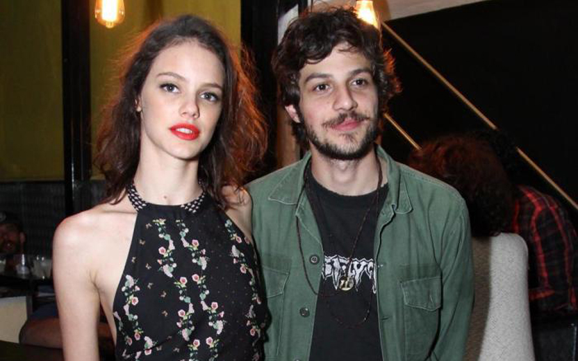 chay suede e laura