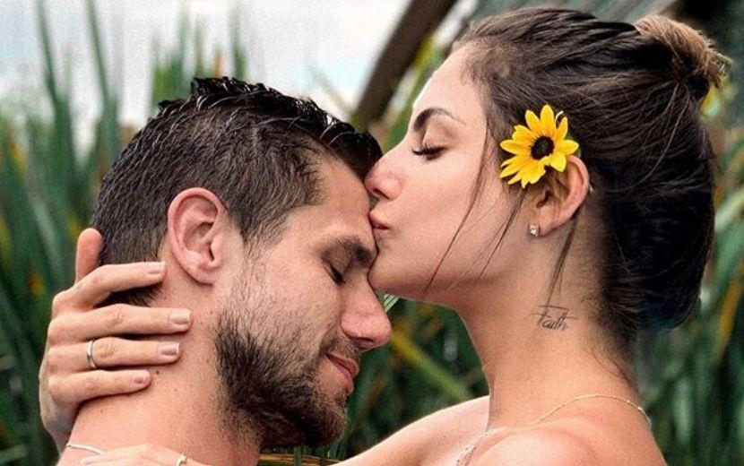 BBB20: Jonas diz sim para o pedido de casamento de Mari Gonzalez