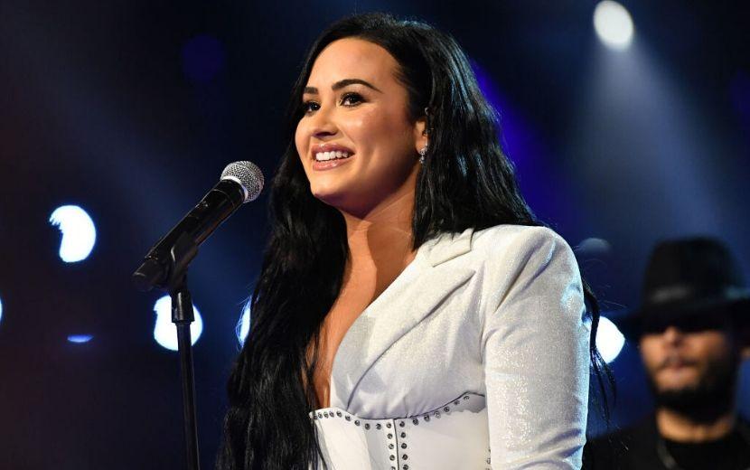 Demi Lovato mostra prévia da nova música, trilha sonora de filme da Netflix