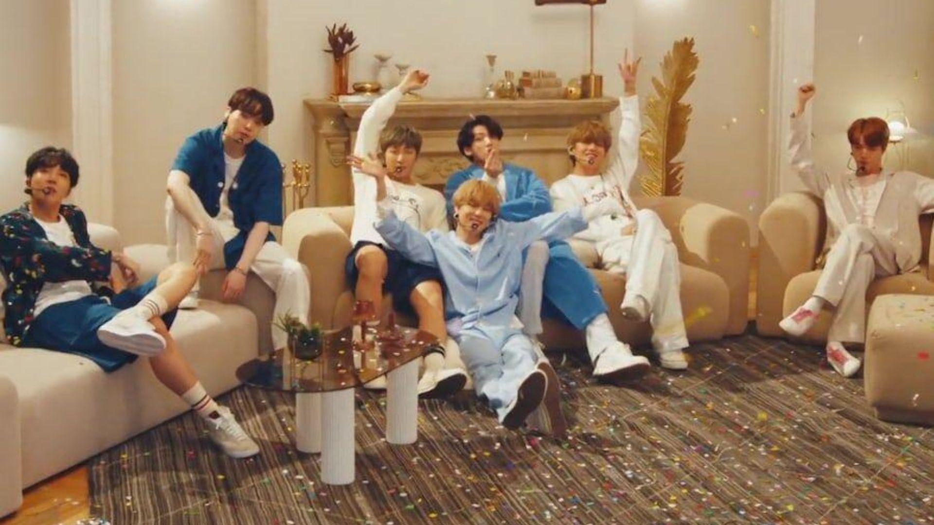 """Com direito à guerra de travesseiros, BTS apresenta """"Home"""" em semana especial no """"The Tonight Show"""""""