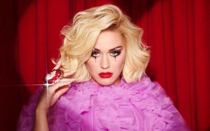 """Katy Perry reflete sobre """"Smile"""": """"Humor como forma de trazer um pouco de leveza à seriedade da vida"""""""