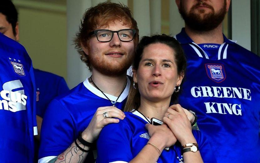 Ed Sheeran e Cherry Seaborn anunciam nascimento da filha Lyra Antarctica