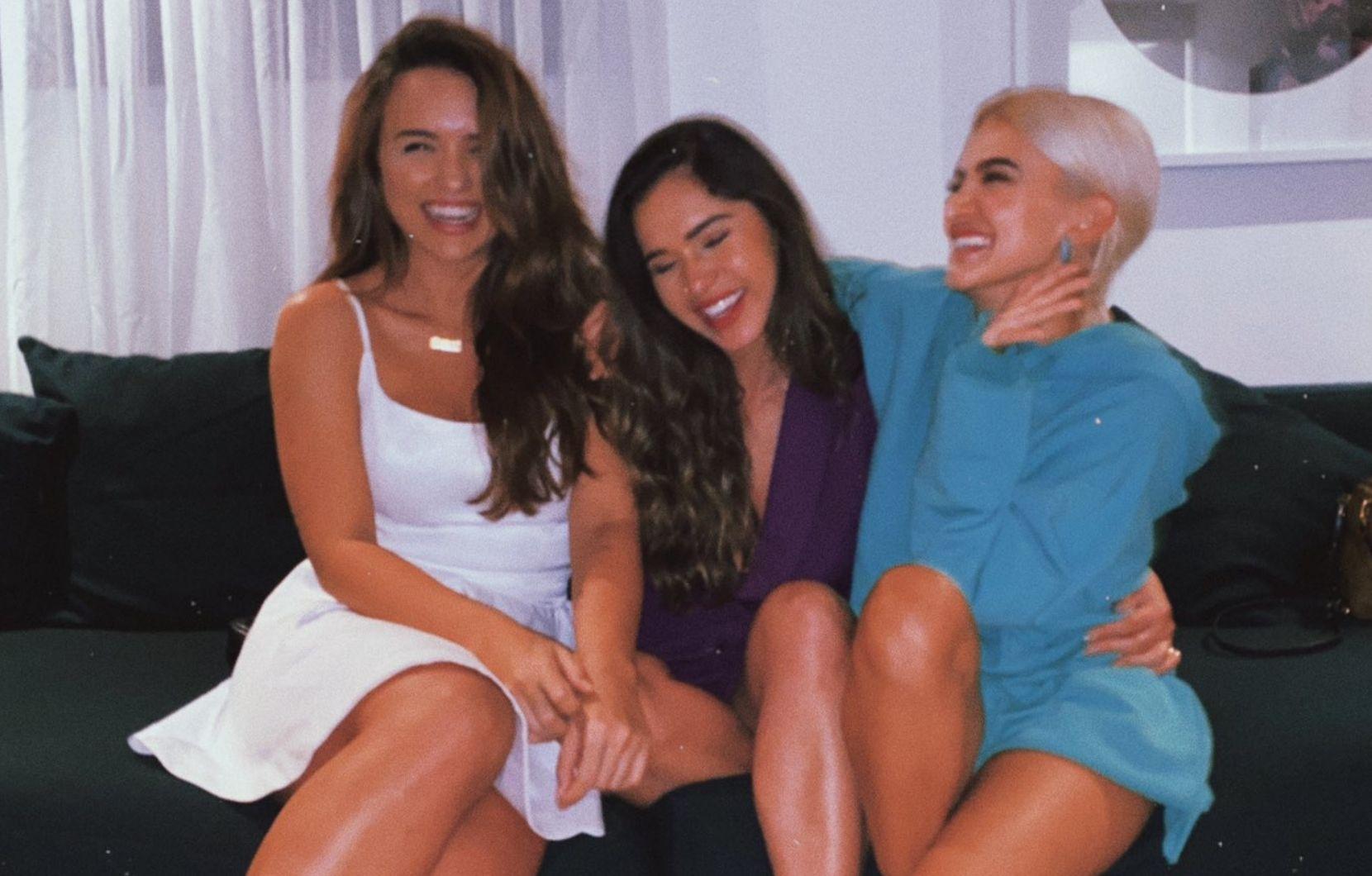Rafa Kalimann, Manu Gavassi e Gizelly Bicalho se reencontram pela primeira vez após BBB20