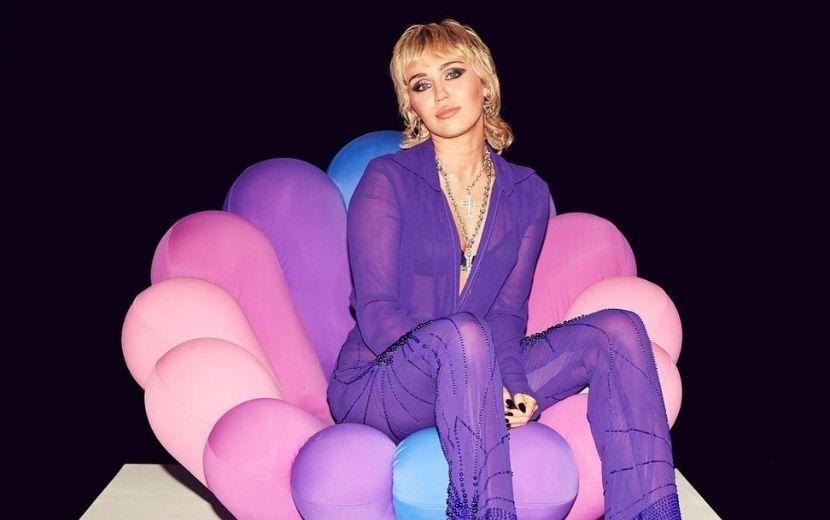 Feliz aniversário, Miley! Fãs parabenizam a cantora nas redes sociais