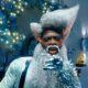 """Lil Nas X é Papai Noel em fábrica de brinquedos de 2220 no clipe de """"Holiday"""""""