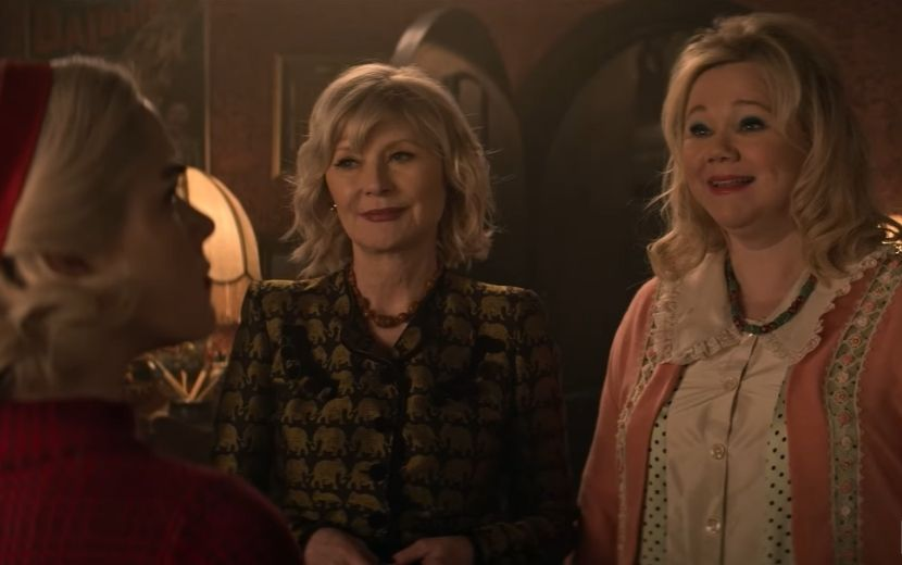 """""""O Mundo Sombrio de Sabrina"""": tias da série original aparecem em prévia da nova temporada"""