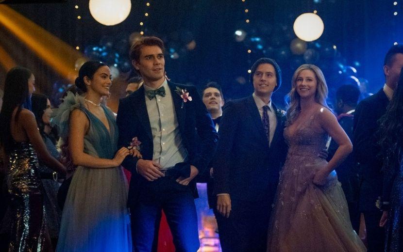 """Teorias sobre as fitas, Choni e a descoberta de Verônica: confira as reações dos fãs ao 1° episódio da quinta temporada de """"Riverdale"""""""