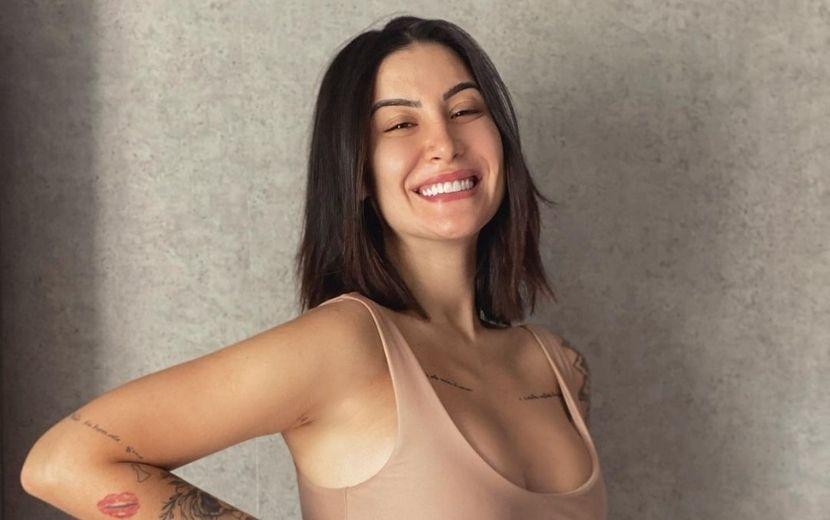 """Bianca Andrade mostra barriguinha de grávida em vídeo: """"Ó quem tá aparecendo"""""""