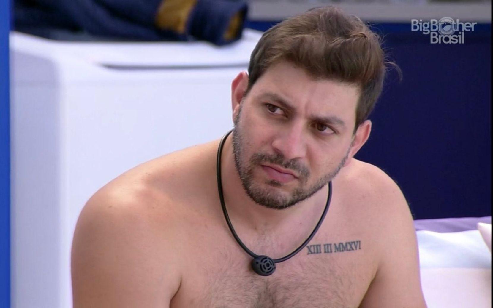 """""""Kaio Konká""""? Em dia de eliminação, internautas encontram substituto para Karol Conká"""