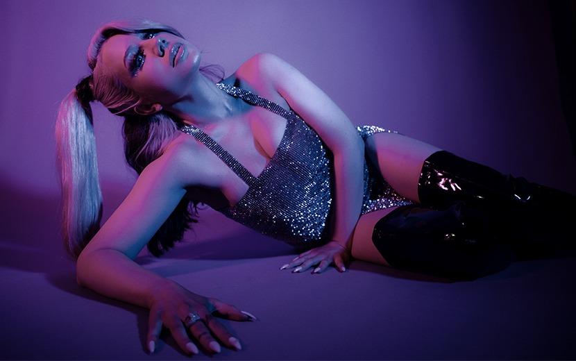 Entrevista: conheça Slayyyter, cantora que é aposta para o futuro da música pop