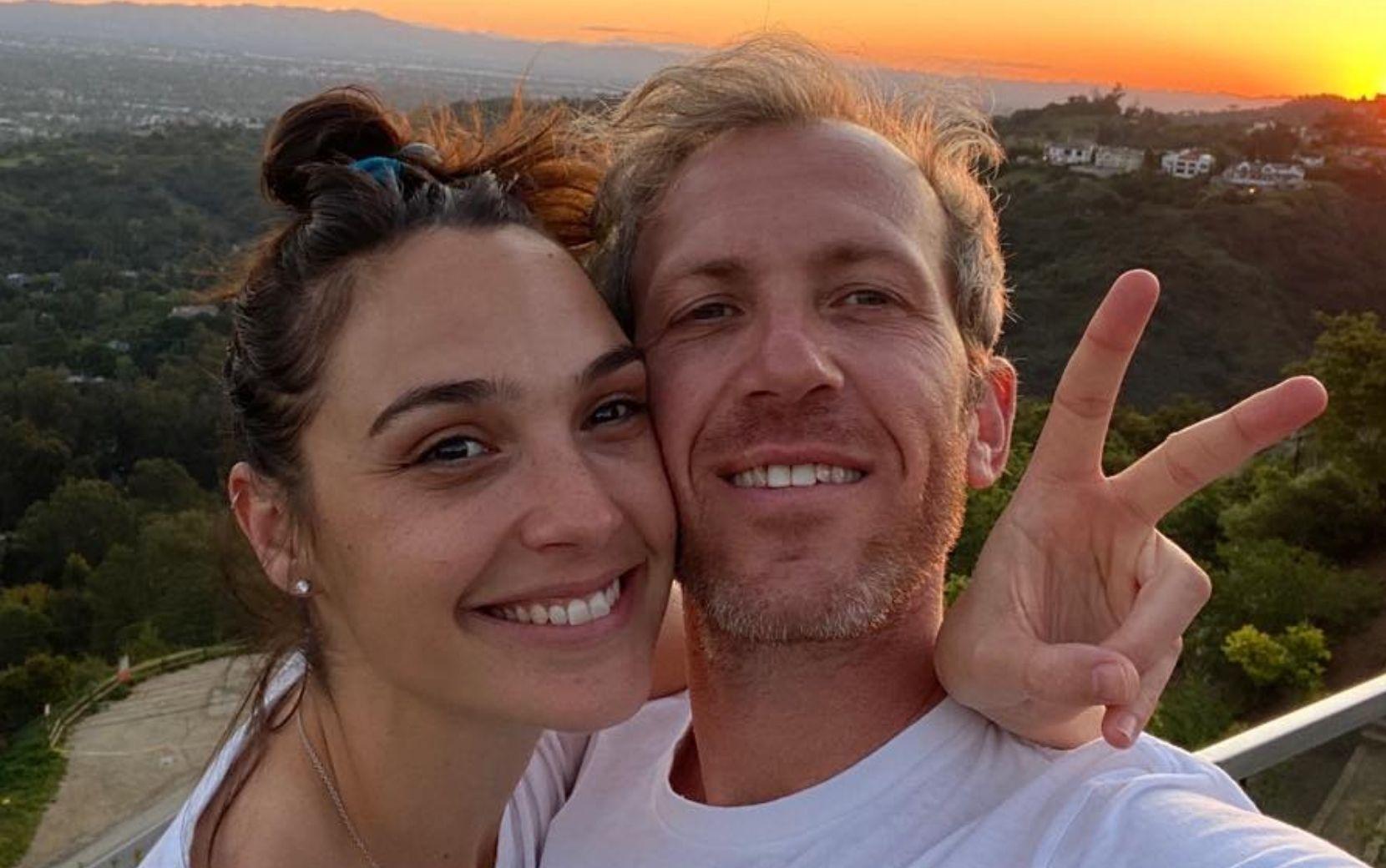 Gal Gadot anuncia gravidez do terceiro filho com o empresário Yaron Varsano