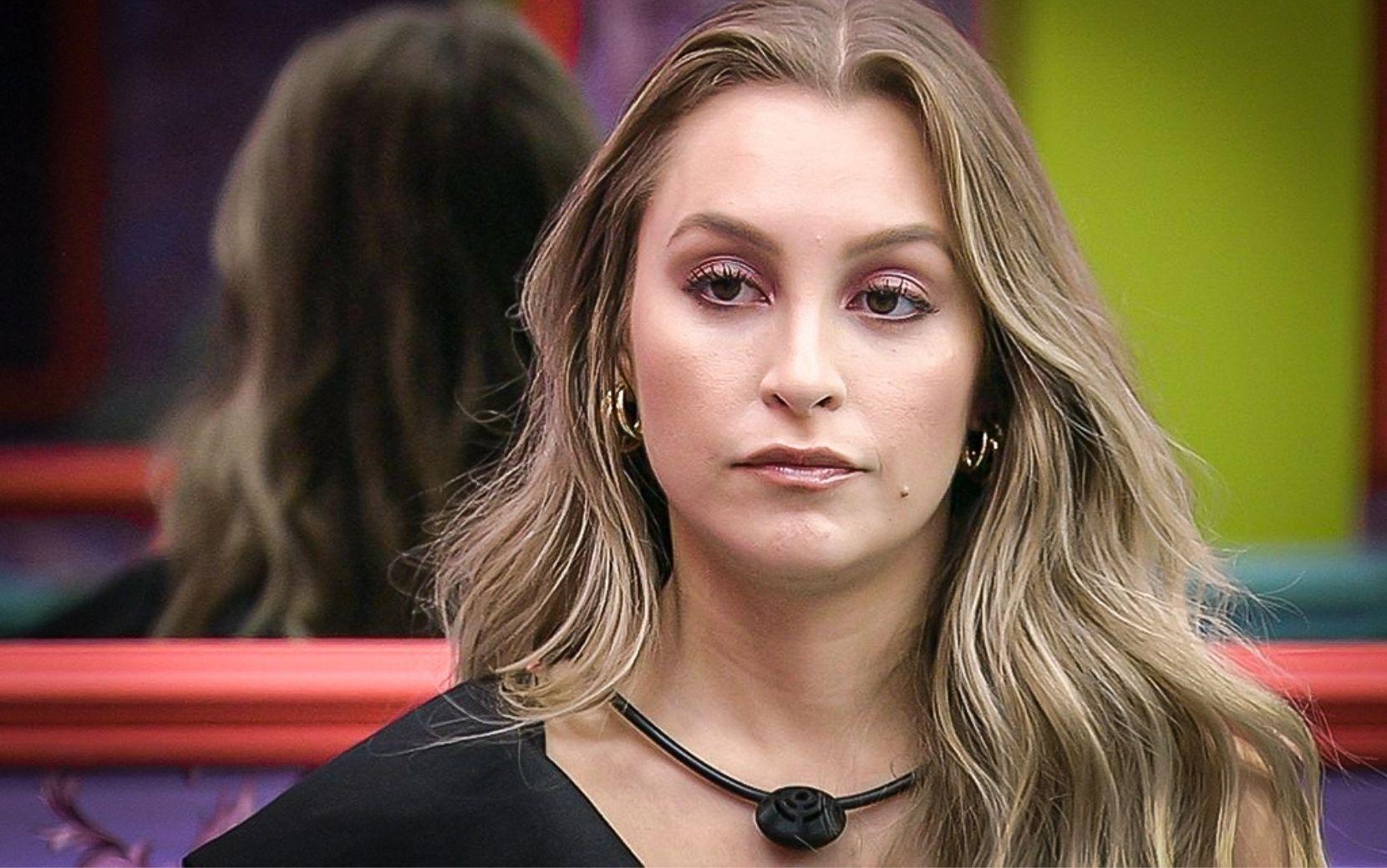 """Acordou? Carla Diaz diz que não aguenta mais ser """"saco de pancada"""" de Arthur no BBB21"""