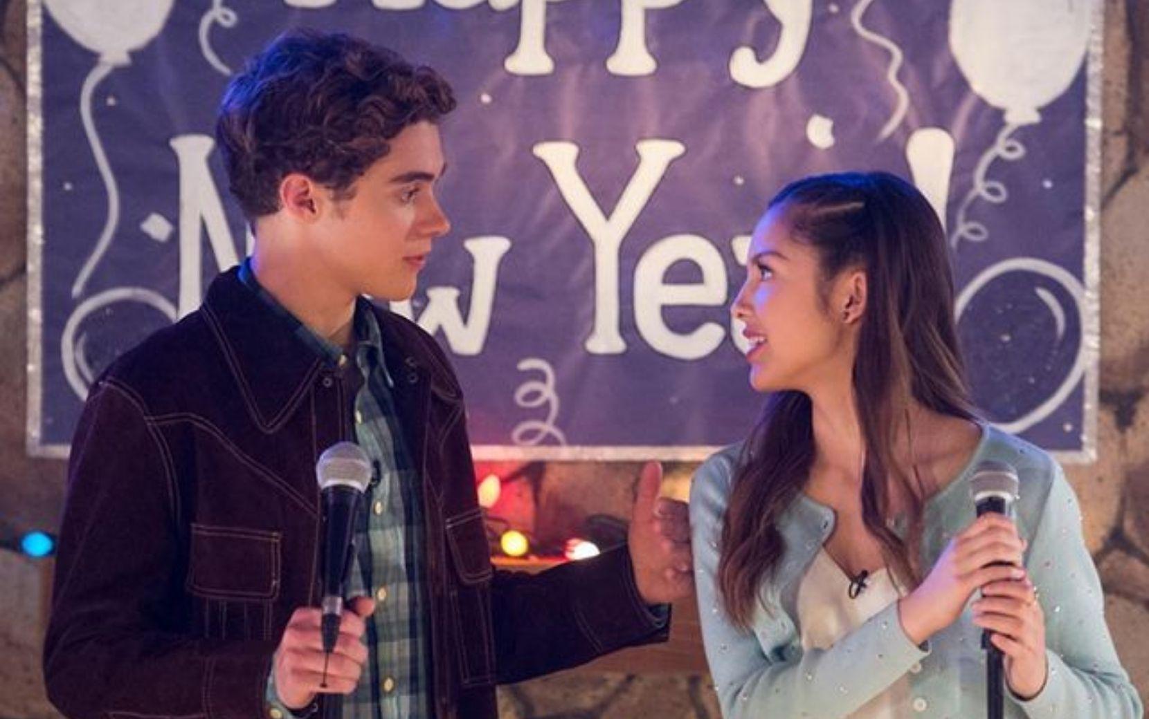 """Elenco da série de """"High School Musical"""" confirma fim das filmagens da 2ª temporada"""