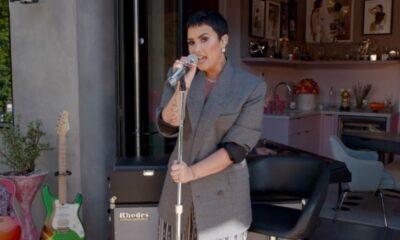 Demi Lovato apresenta músicas do novo álbum em performance intimista no Tiny Desk