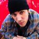 """Sem aviso prévio, Justin Bieber lança EP """"Freedom."""""""