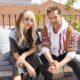 """Danna Paola e David Bisbal sofrem com amor à distância no clipe de """"Vuelve Vuelve"""""""