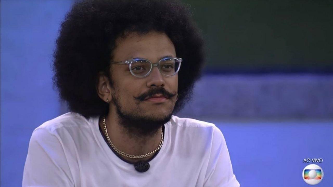 BBB21: com 58,86% dos votos, João Luiz é eliminado; confira discurso de Tiago Leifert