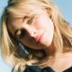 """Sabrina Carpenter é confirmada como protagonista de """"Emergency"""", novo filme de comédia"""
