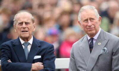 Príncipe Charles se emociona em discurso sobre morte do pai, Príncipe Philip