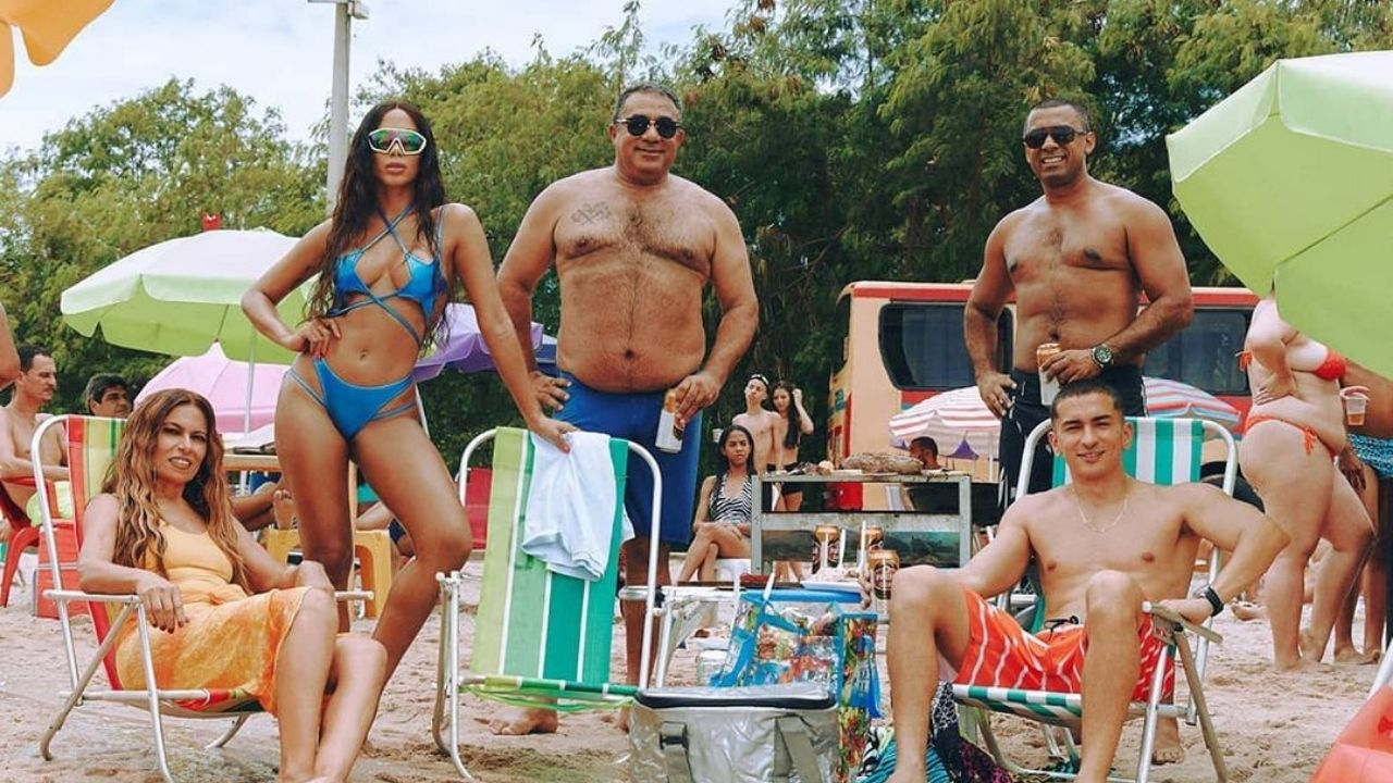 "Anitta mostra outro lado de Rio de Janeiro no clipe de ""Girl From Rio"""