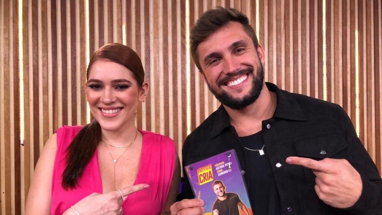 """Rede BBB: Arthur admite que fez """"birra"""" na relação com Carla Diaz"""