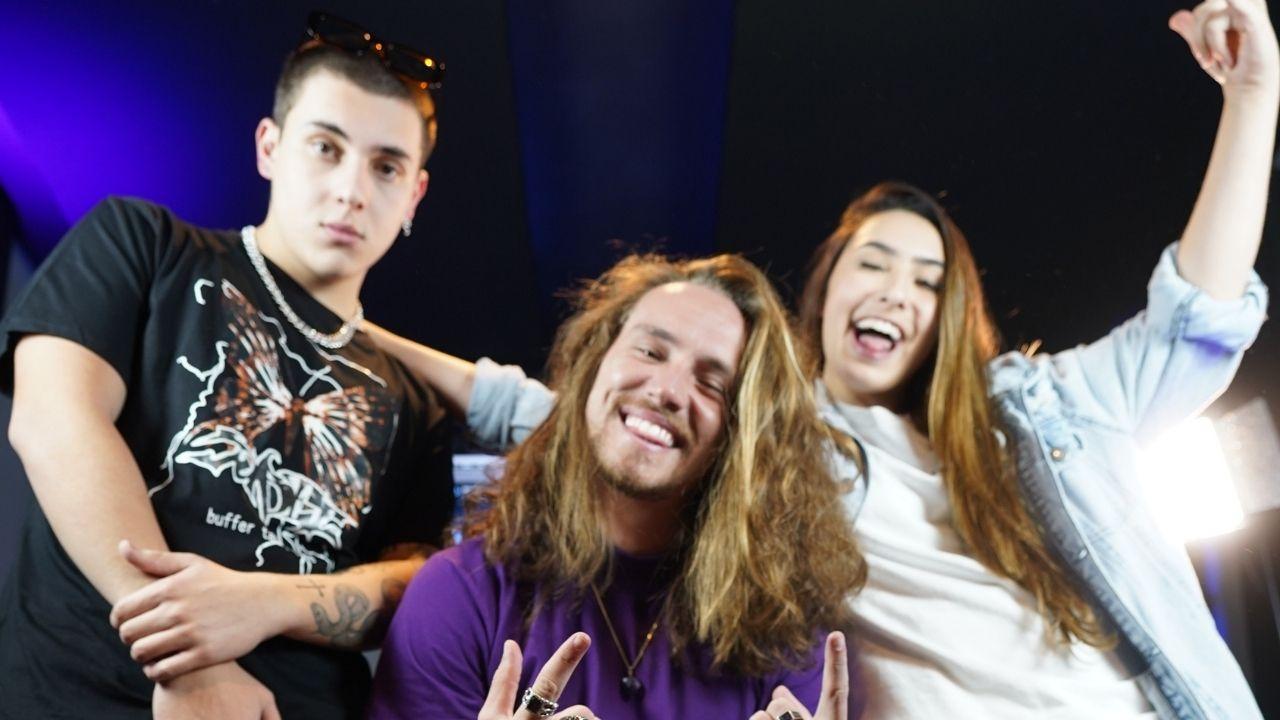 Bibi Tatto e Vitor Kley compõem música juntos em novo quadro do canal da youtuber