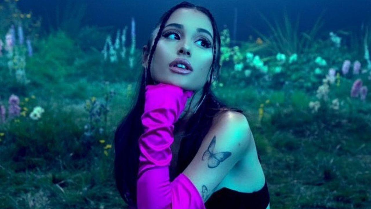 Ariana Grande divulga seu perfume vegano com foto icônica; vem ver