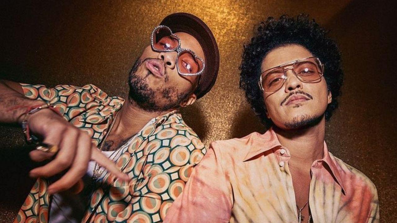 """Bruno Mars e Anderson .Paak estrelam clipe de """"Skate"""", novo single do Silk Sonic"""
