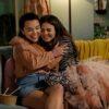 Netflix divulga fotos e data de estreia de novo filme com Victoria Justice e Midori Francis