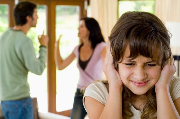 Família em crise: o que fazer quando seus pais brigam demais