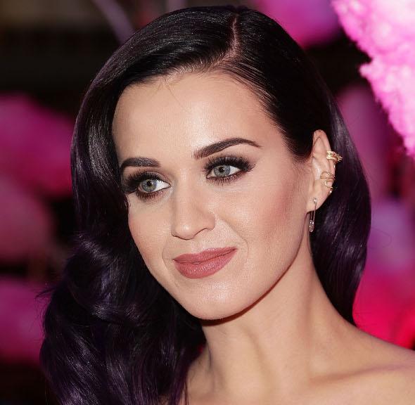Inspire-se no make balada da Katy Perry!